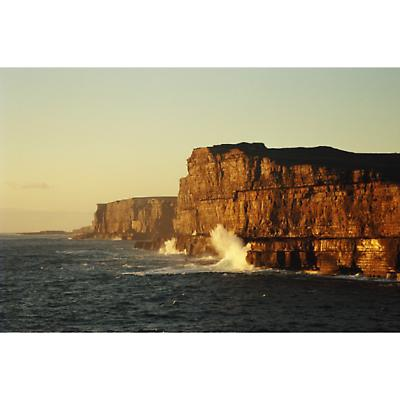 Dun_Aengus,_Aran_Islands.