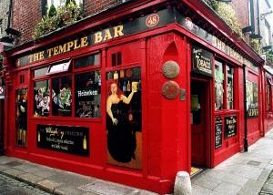 Temple_Bar,_Dublin.