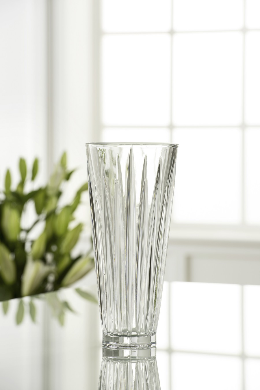 "Galway Crystal Willow 11"" Vase"