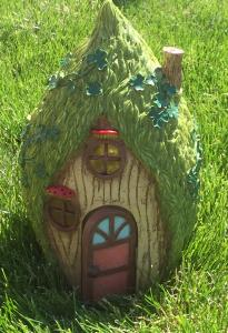 Fairy & Leprechaun Home in the Trees