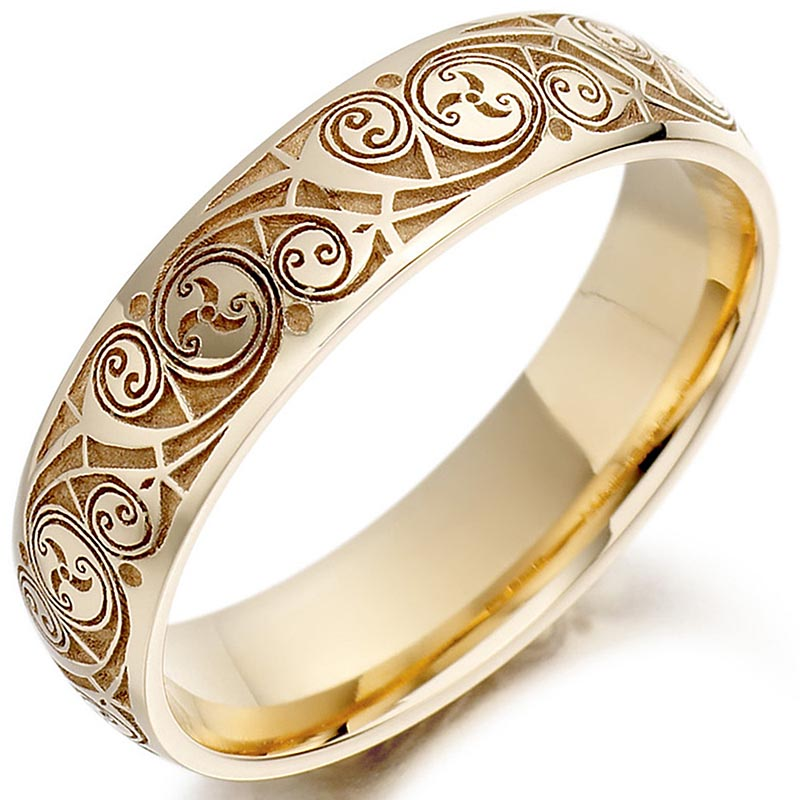 celtic wedding ring mens gold celtic spiral triskel irish wedding band at. Black Bedroom Furniture Sets. Home Design Ideas