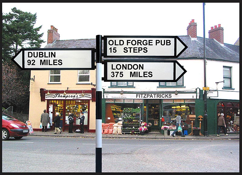 Personalized Full-Size Irish Road Sign with Pole
