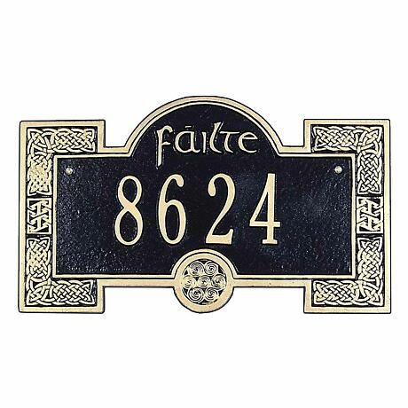 Personalized Failte Welcome Plaque - 1 Line
