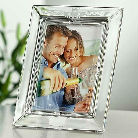 Galway Crystal Claddagh 5 x 7 Photo Frame