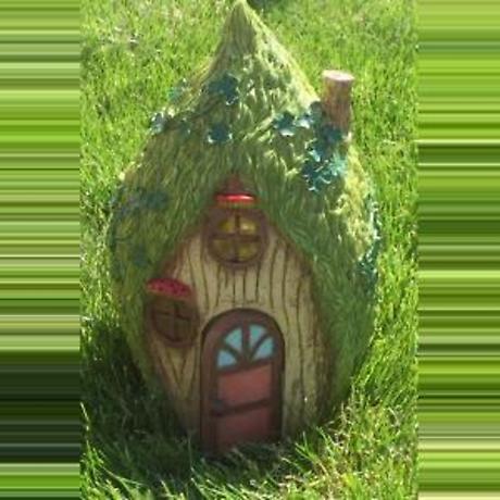 Fairy & Leprechaun Home in the Trees