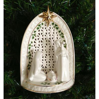 Irish Christmas - Shamrock Light-Up Nativity