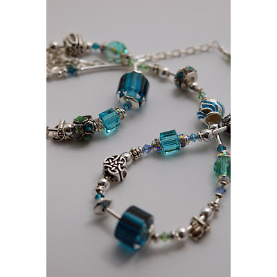 Celtic Bracelet - Teal & Aqua