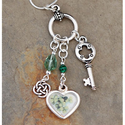 Irish Necklace - Legend of the Irish Shamrock Necklace
