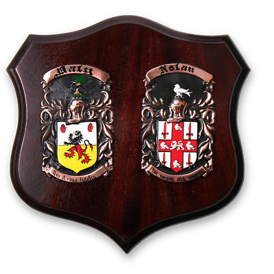 Personalized Deluxe Double Family Crest Plaque