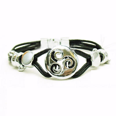 Celtic Bracelet - Celtic Triskele Leather Bracelet