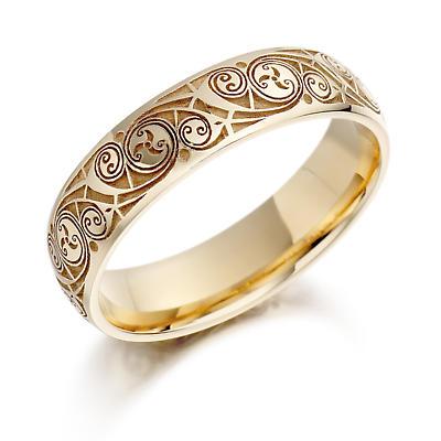 Celtic Wedding Ring - Ladies Gold Celtic Spiral Triskel Irish Wedding Band