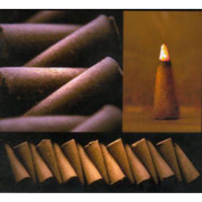 Gift Box of 10 Peat Incense Cones