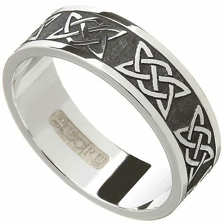 Irish Ring - Men's Lovers Knot Wedding Band
