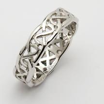 Irish Wedding Ring - Celtic Knot Narrow Pierced Sheelin Mens Wedding Band