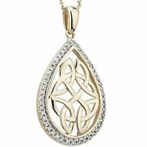 Irish Necklace | 14k Gold Diamond Trinity Knot Oval Pendant
