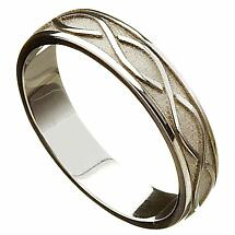 Irish Wedding Ring - Celtic Twist Mens Wedding Band